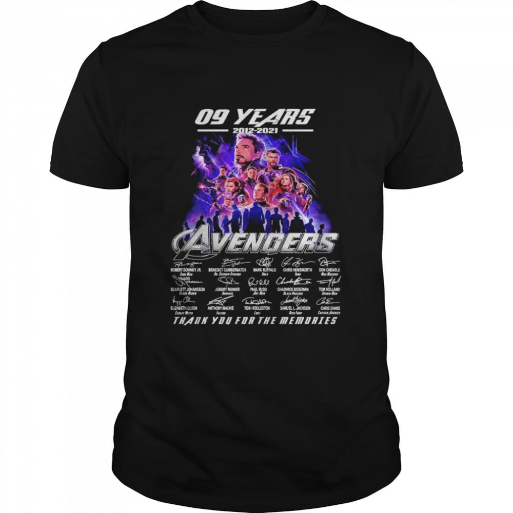 09 years 2012 2021 Avengers thank you for memories signature shirt Classic Men's T-shirt
