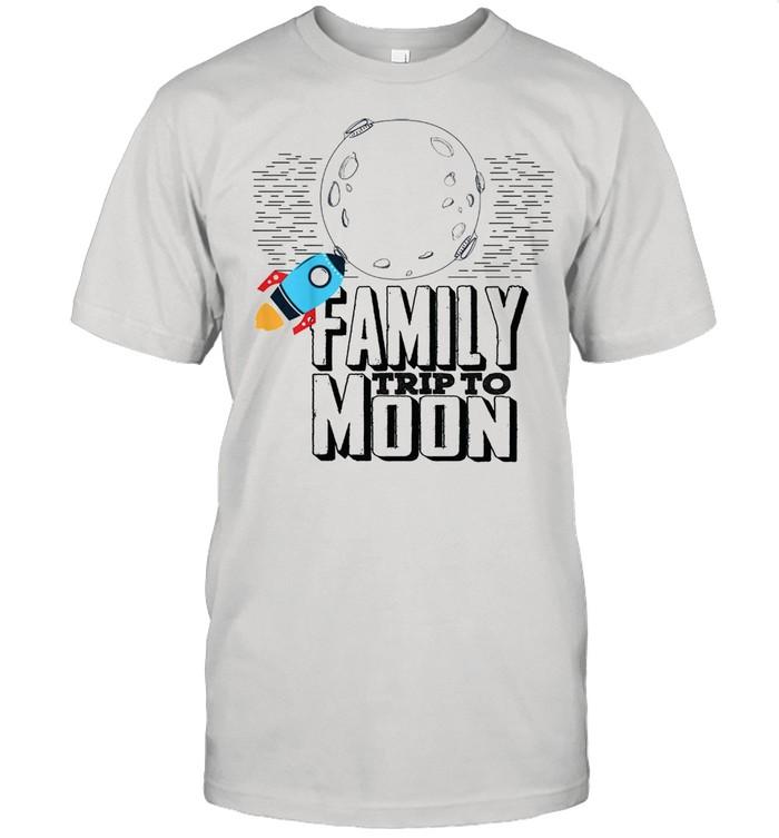 Family trip to moon shirt Classic Men's T-shirt