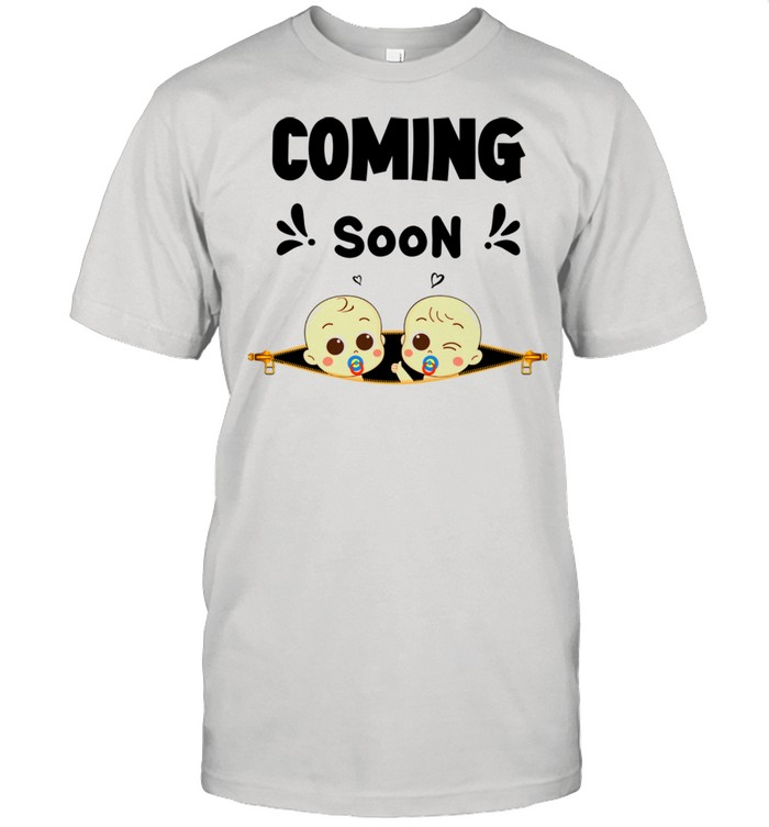 Coming Soon Baby Announcement Twins & Pregnancy New Moms shirt Classic Men's T-shirt