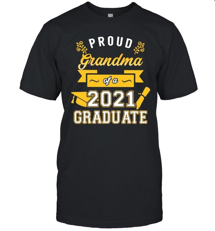 Proud Dad Of A 2021 Graduate Gold T-shirt Classic Men's T-shirt