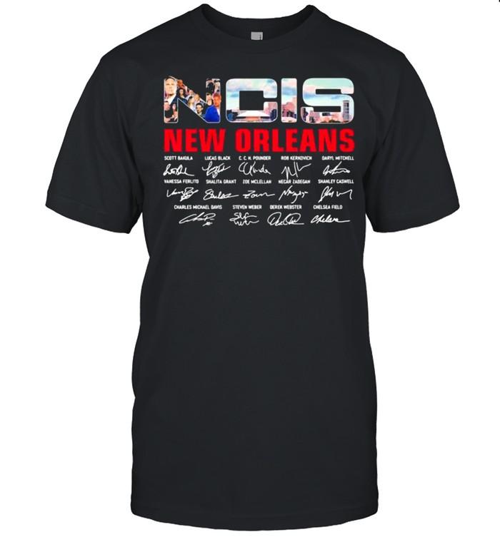 NCIS New Orleans Signature  Classic Men's T-shirt
