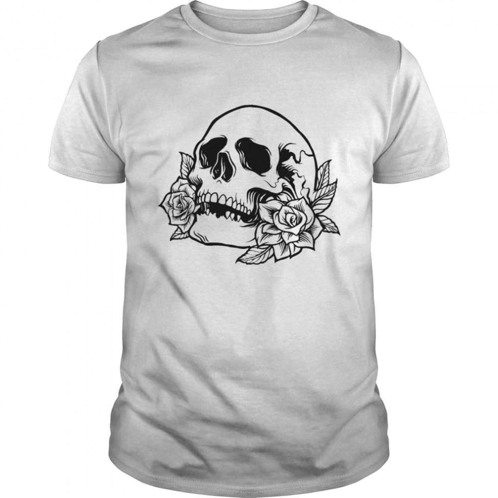 Drawn skull with roses shirt Classic Men's T-shirt
