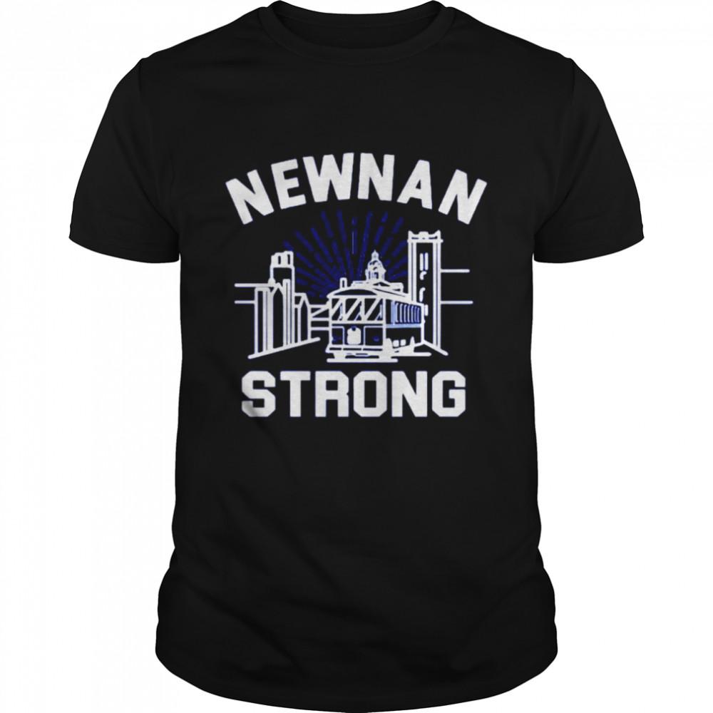 Newnan strong shirt Classic Men's T-shirt