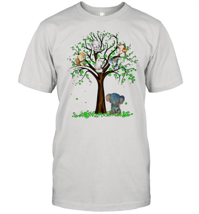Elephant And Tree T-shirt Classic Men's T-shirt