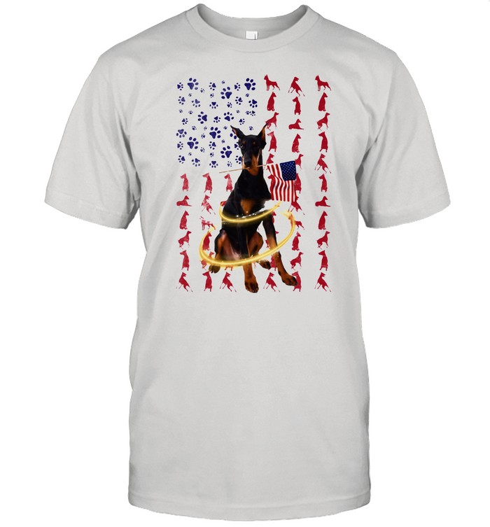 Doberman Pinscher With Flag  Classic Men's T-shirt