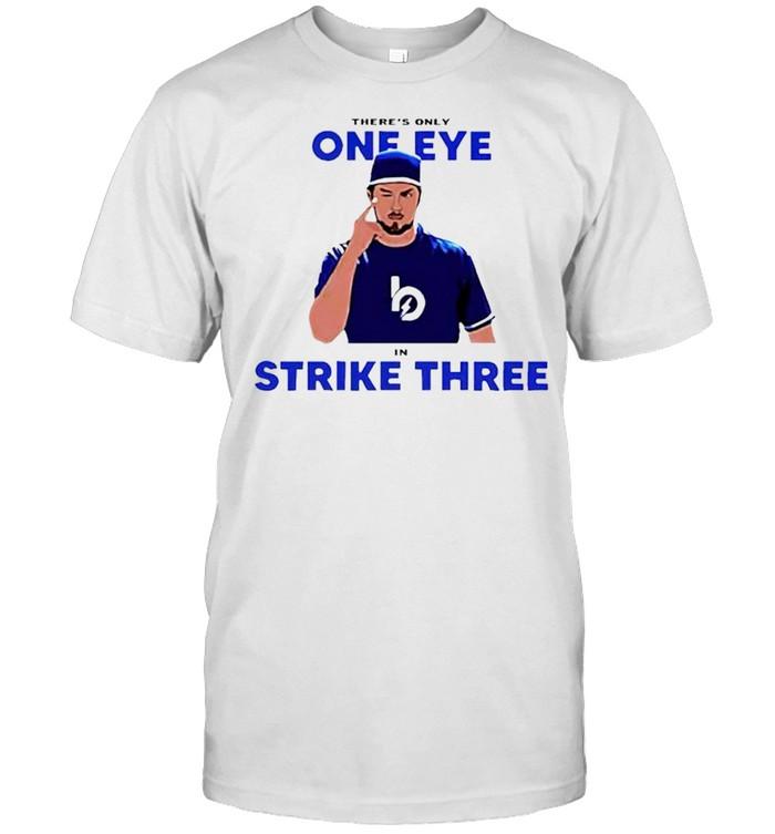 Trevor Bauer one eye strike three shirt Classic Men's T-shirt