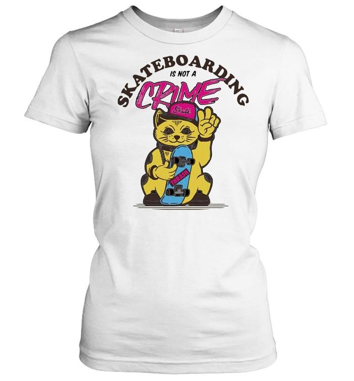 Cat skate skateboarding is not a crime shirt Classic Women's T-shirt